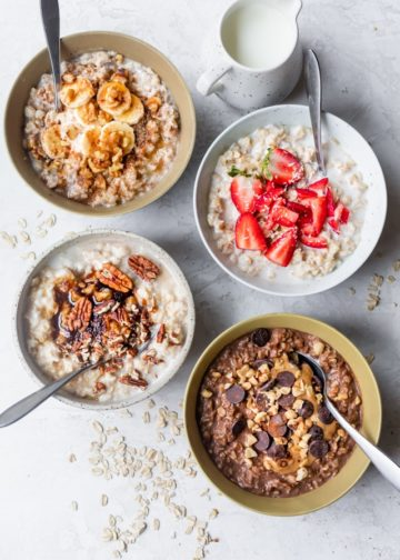 Oatmeal on the table before workout